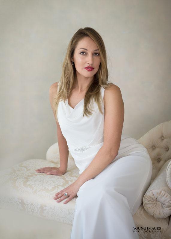 Young_Images_Photography_Lize_Wedding_Dress_Portrait_4193B