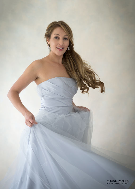 Young_Images_Photography_Lize_Wedding_Dress_Portrait_4265