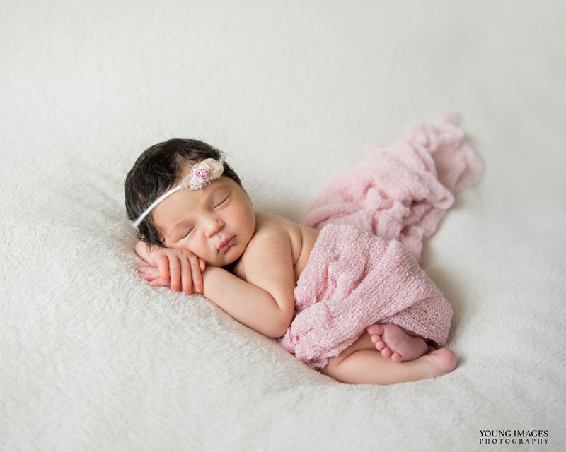 Young_Images_Photography_Margo_Newborn_5042