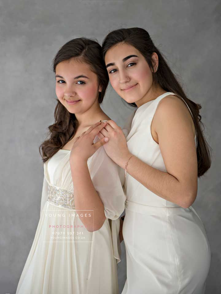 Young_Images_Photography_Older_Sisters