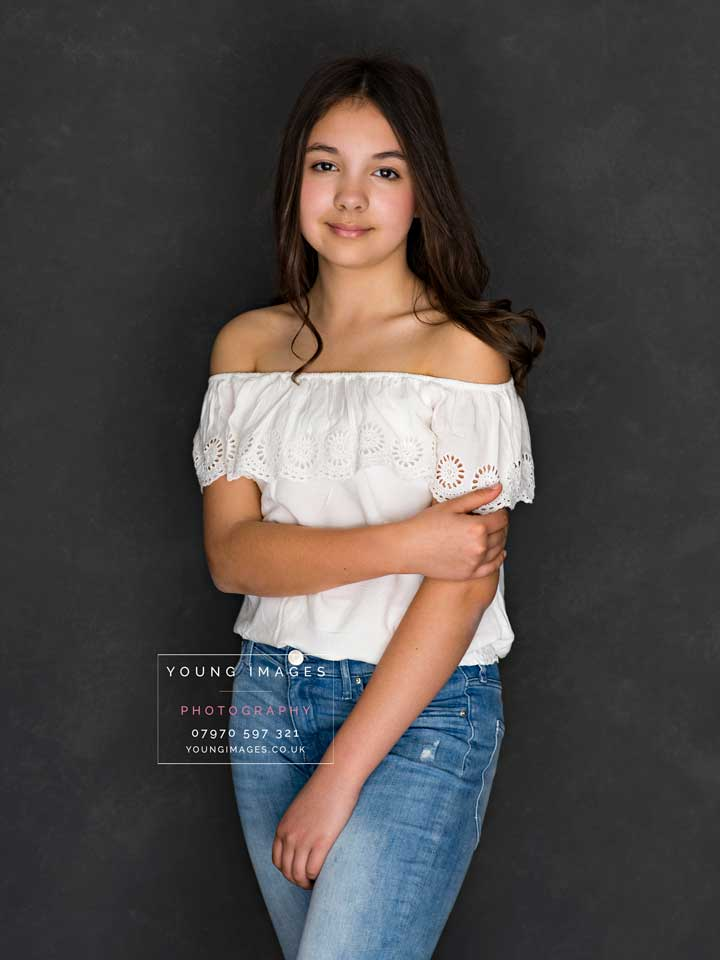 Young_Images_Photography_Portrait_in_Jeans