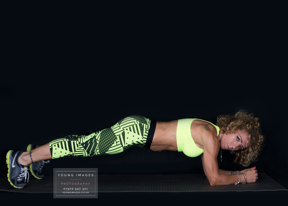 Young_Images_Photography_Zumba__plank__Facebook