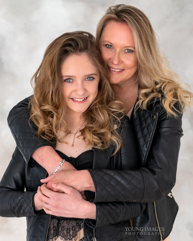 Young_Images_Photography_portrait_mother_daughter_2125